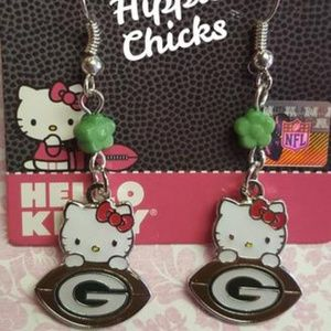 Other - ISO: green Bay Packers x hello kitty